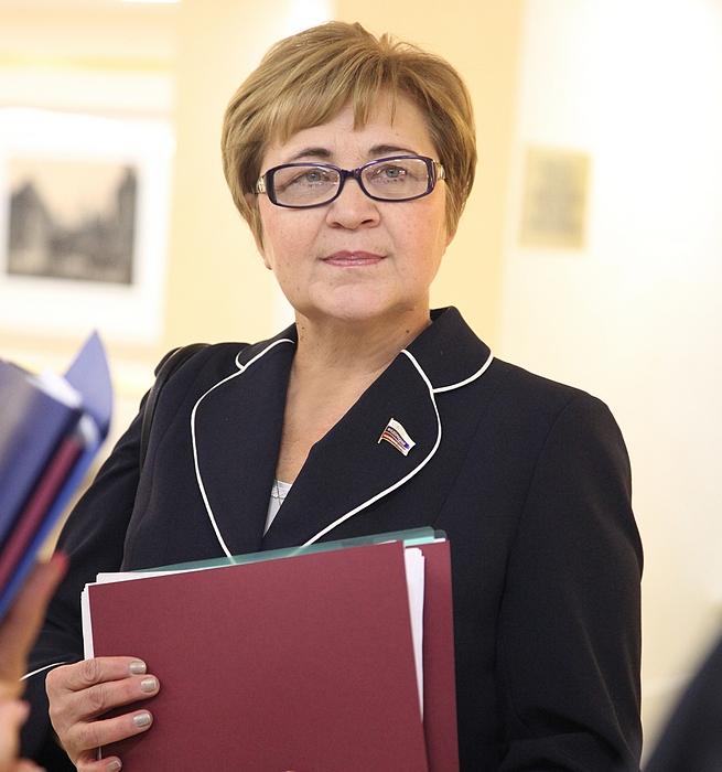 Николаева галина григорьевна член единая россия