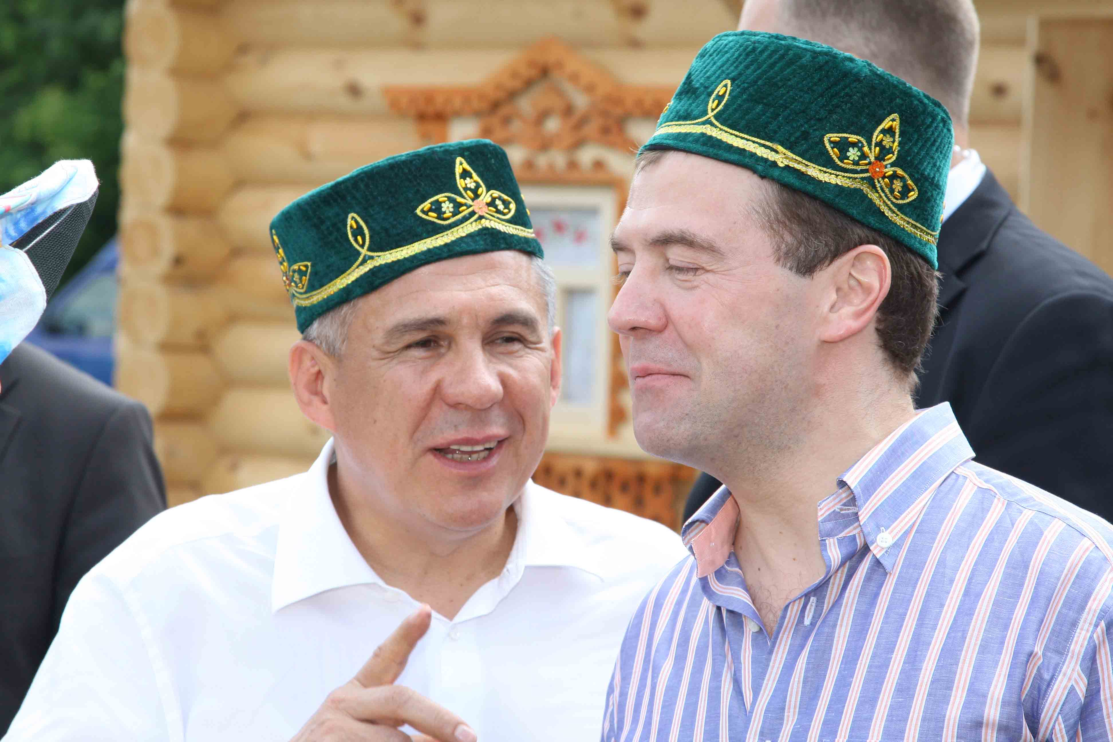 Медведев предложил включить Минниханова в список «Единой России» на выборах в Госдуму